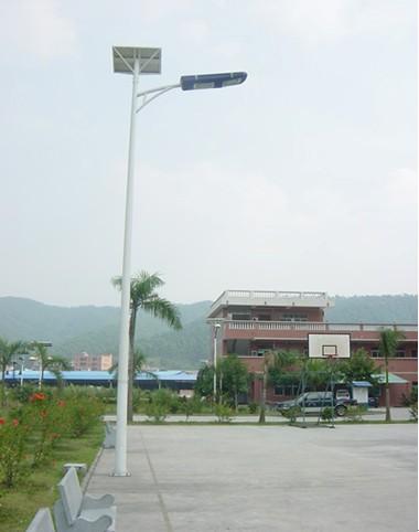 合丰工业大学太阳能路灯项目