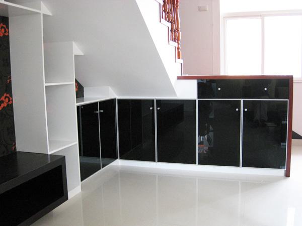 酒柜加冰箱设计