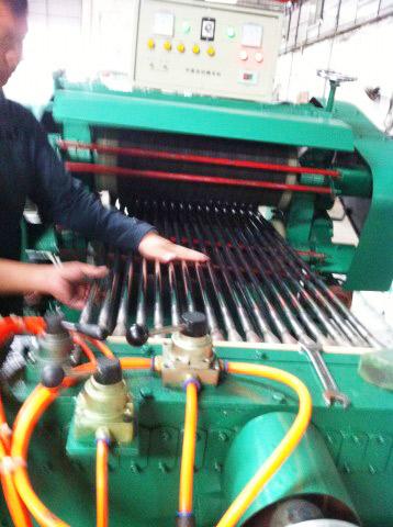 定制款-抛管机,圆管抛光设备,圆管抛光机械