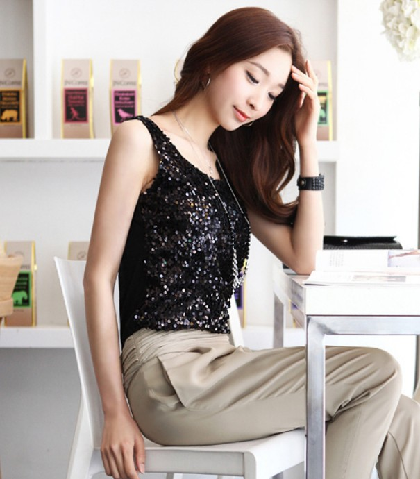 广州艾美时尚服装批发:精品女鞋,美人包包,厂家货源批发