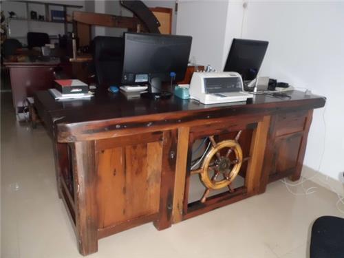 老船木办公桌