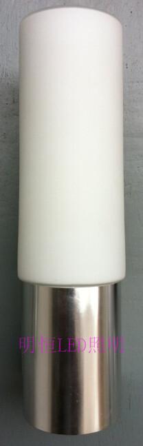 led寿命:50000小时    尺寸:68*230mm  外形:圆柱形