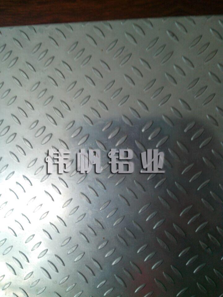 小米花纹板