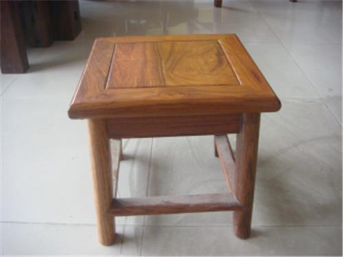 凳子三视图设计手绘图
