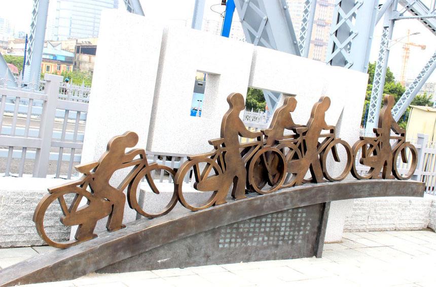 海珠桥雕塑