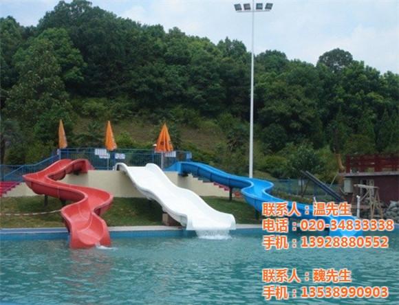 购买大型儿童水上乐园设备时需要考虑的因素有哪些?