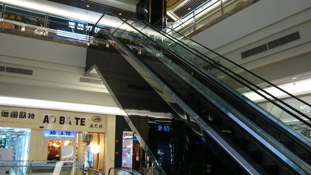室内不锈钢扶梯装修效果图