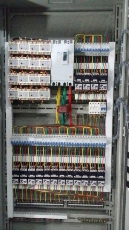 水疗馆,游泳池等设备自动控制电柜,电箱(专业定制)(图)