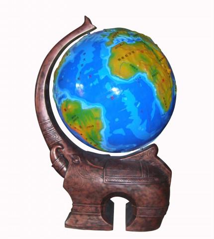大象底座立体地球仪(图)