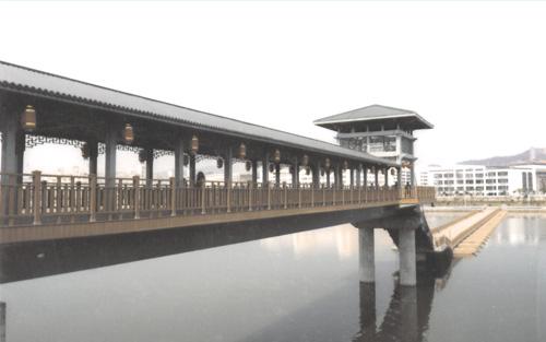 梅州市東山人行浮橋