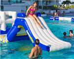 大型充气水上滑梯玩具产品配有水池夏天戏水亲水游艺设施