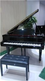 三角钢琴出租