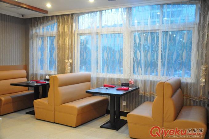 南海区沙发翻新、南海桂苑沙发翻新、禅城区家具办公椅维修翻新
