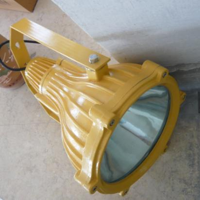 供应BTC8210防爆投光灯,400W液化气站照明