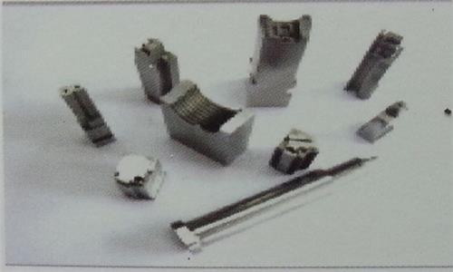 东莞精密零件,塑胶连接器模具
